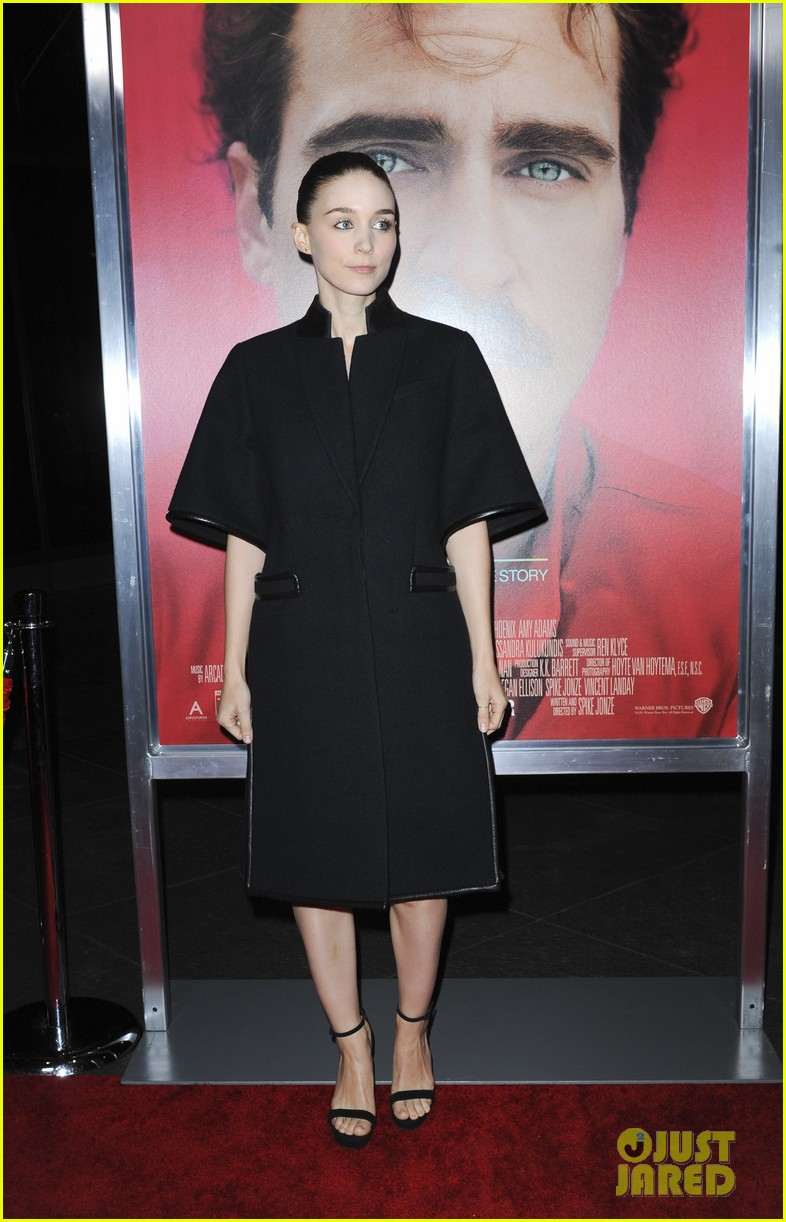 rooney mara her premiere with sister kate mara 193011112