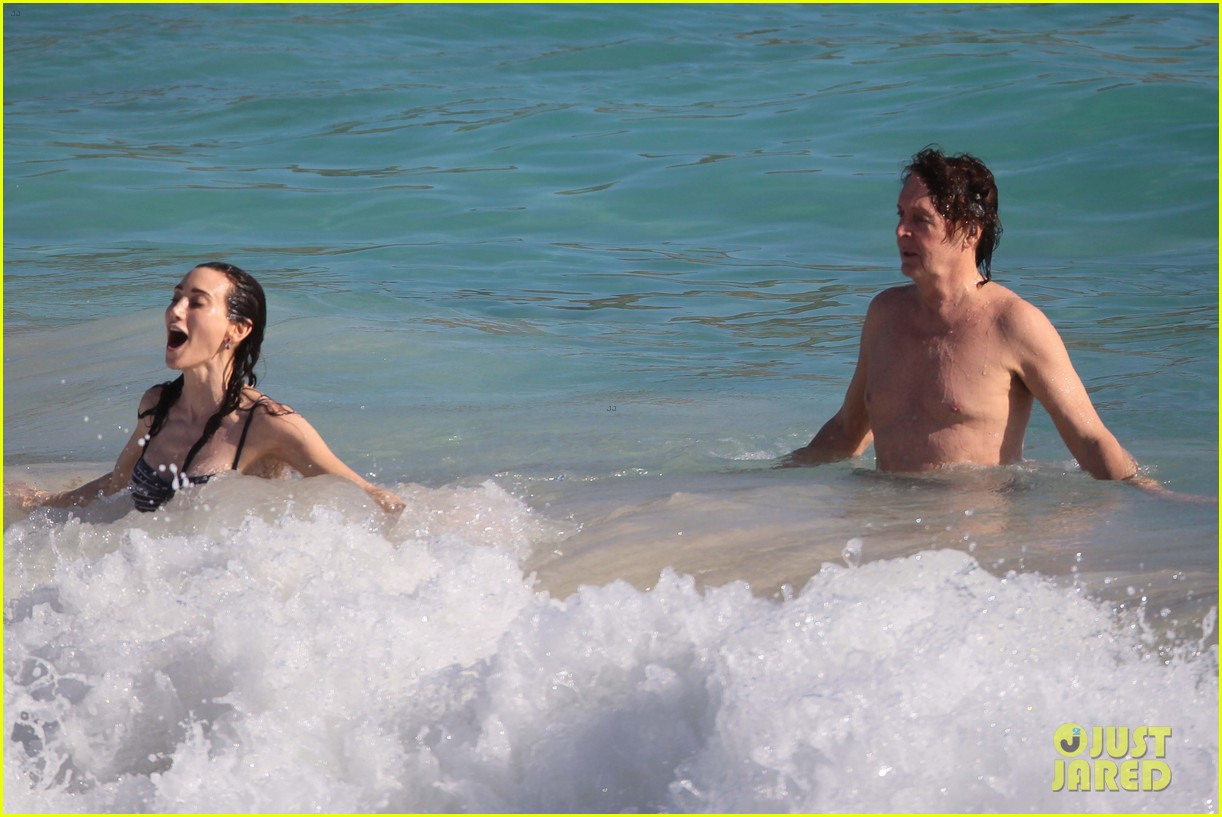 paul mccartney shirtless vacation with wife nancy shevell 07