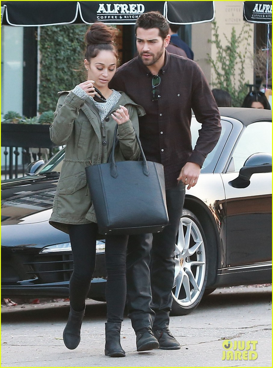 jesse metcalfe cara santana lunch with the jew crew 16