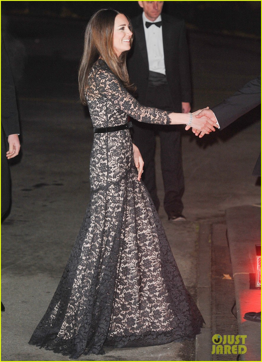 kate middleton prince william glam up for 3d movie premiere 16