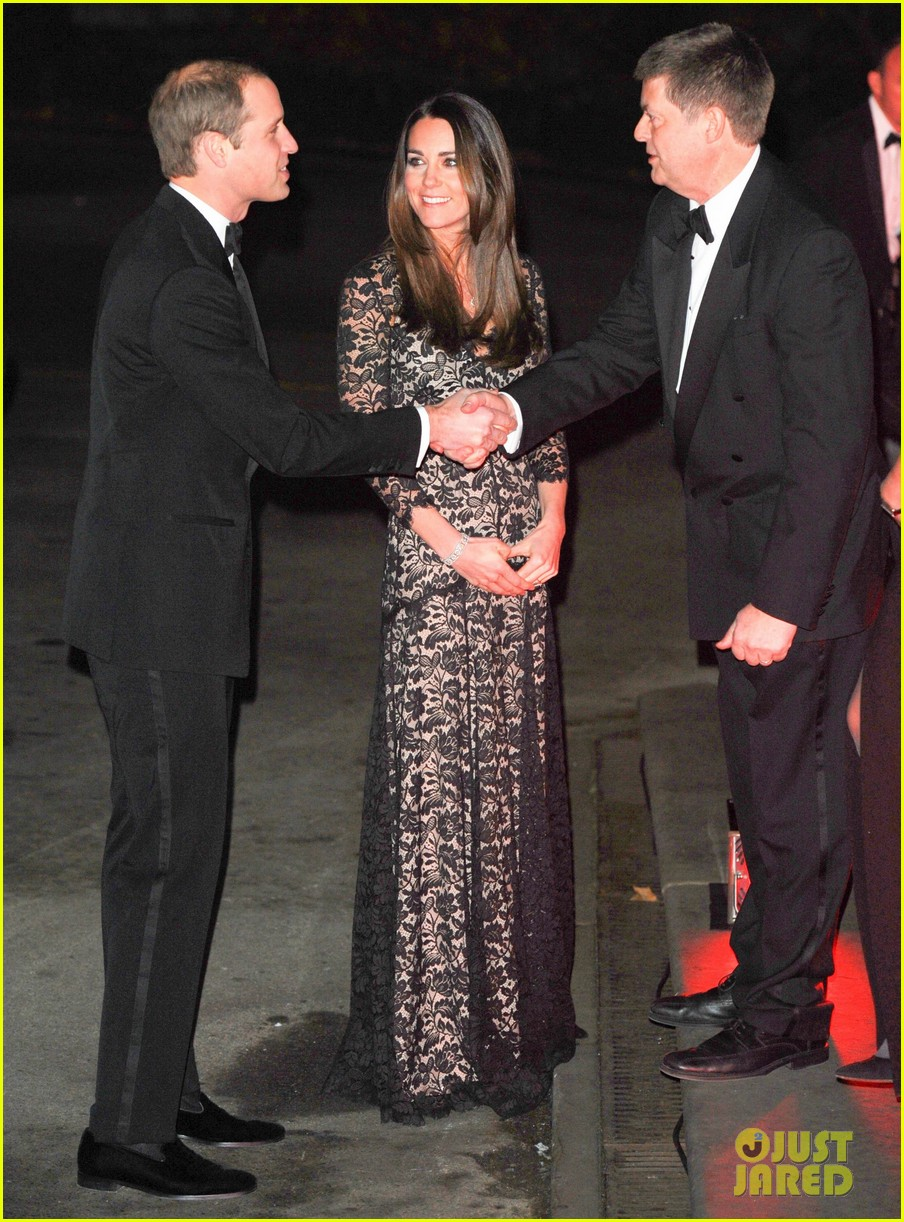 kate middleton prince william glam up for 3d movie premiere 173010021