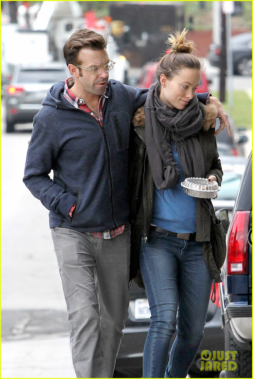 olivia wilde jason sudeikis arm in arm after lunch date 243007626