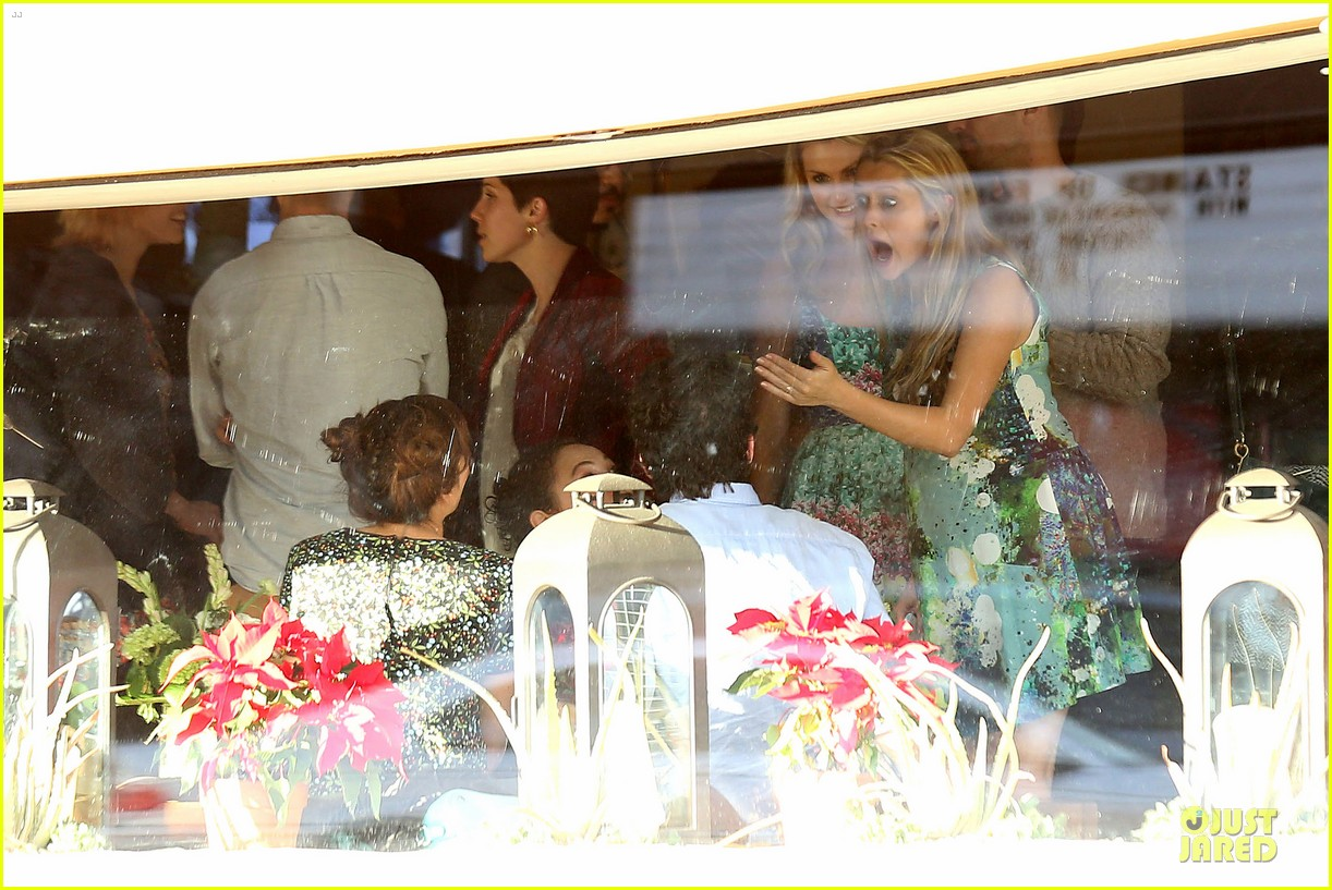 teresa palmer invites jaime king to baby shower 19