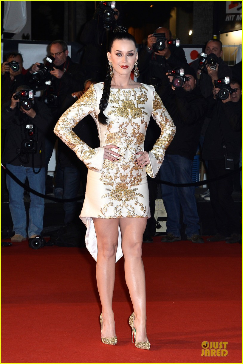katy perry golden girl at nrj music awards 2013 01