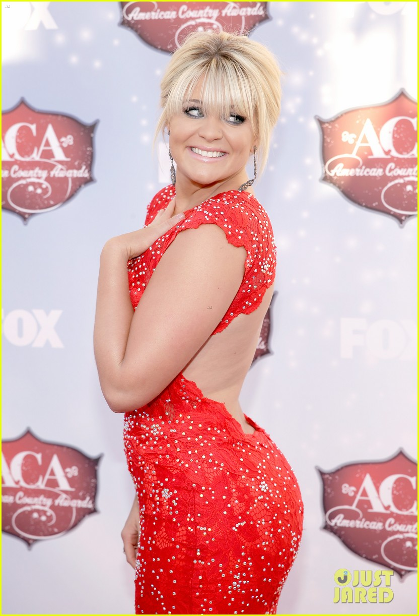 kellie pickler lauren alaina acas 2013 red carpet 04