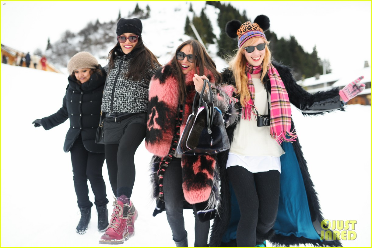 freida pinto asmallworld winter weekend in switzerland 38