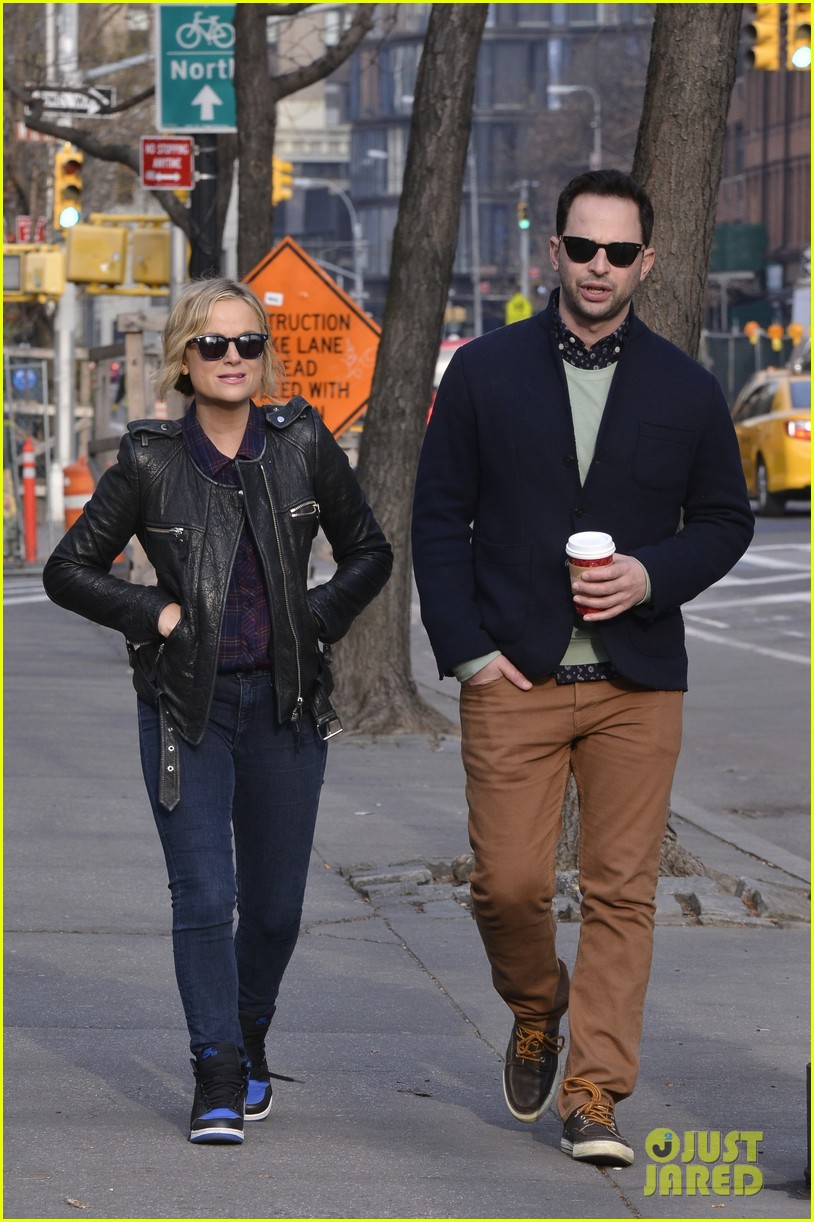 amy poehler strolls with nick kroll before gotham awards 033004149