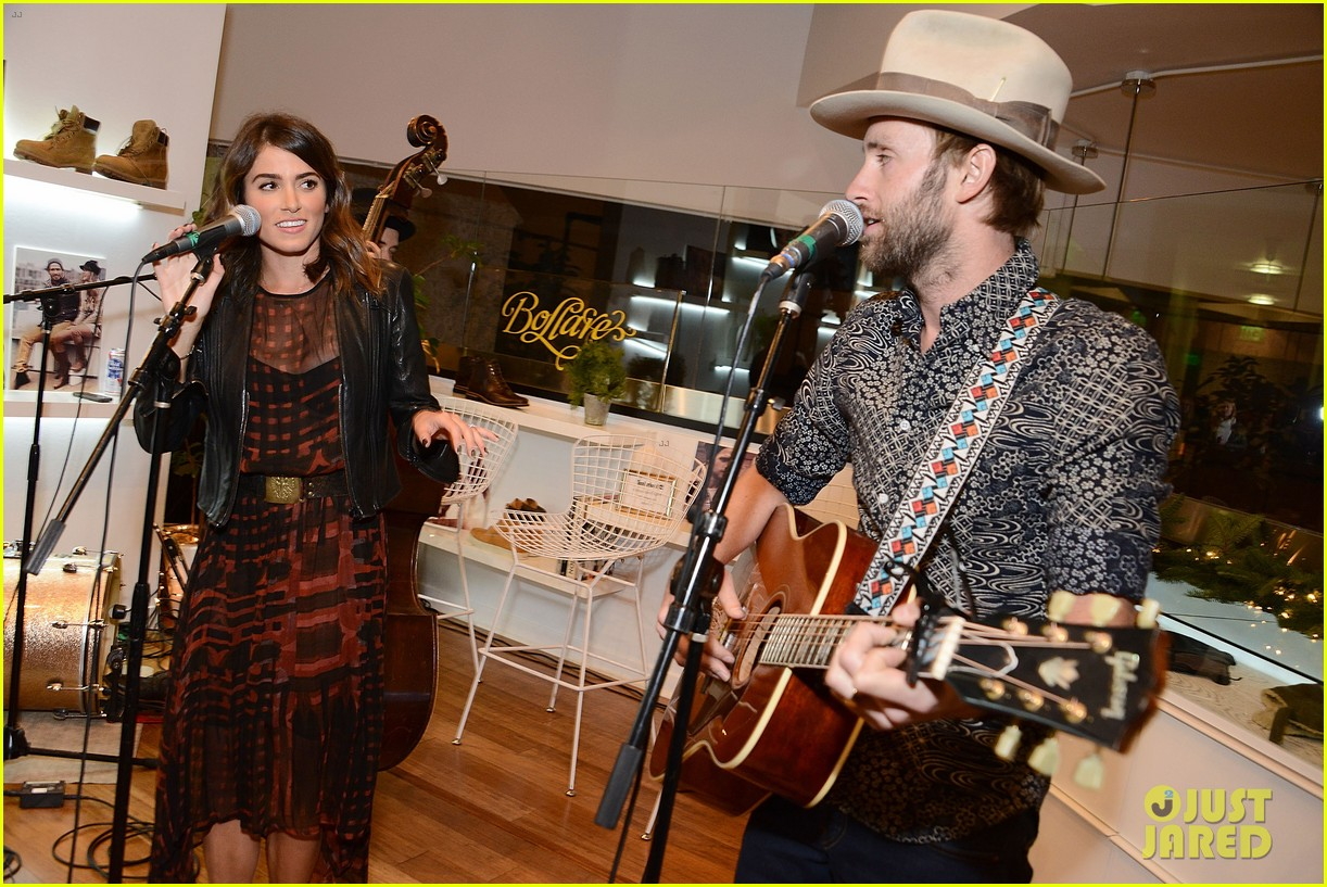 nikki reed paul mcdonald timberland acoustic night 06