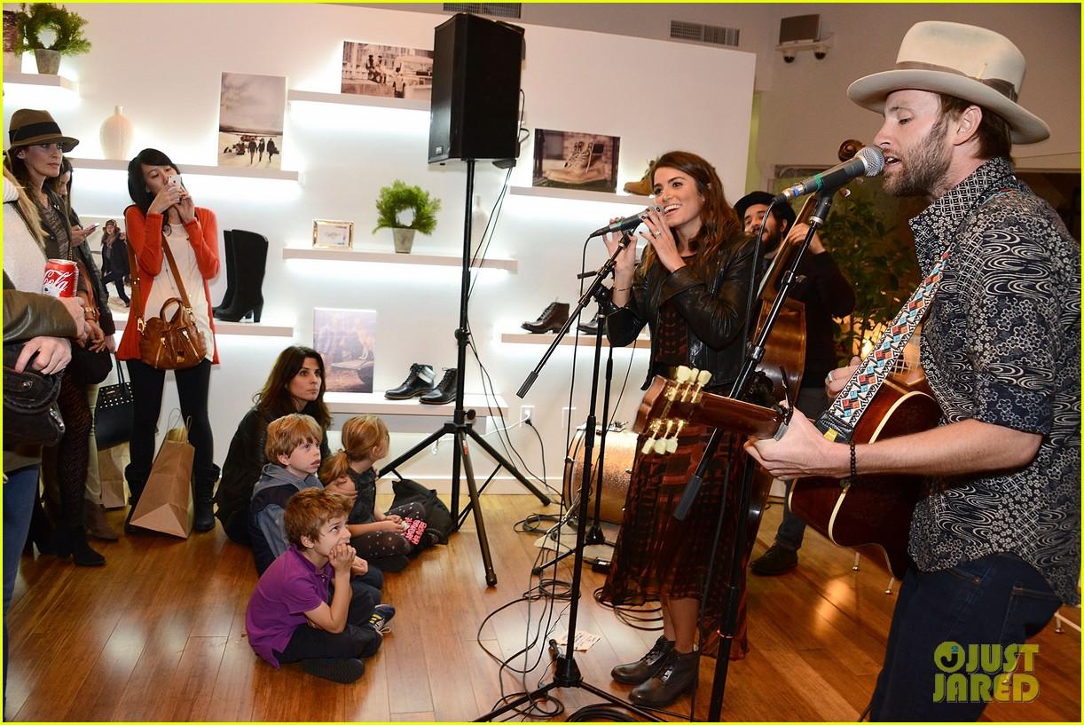 nikki reed paul mcdonald timberland acoustic night 21
