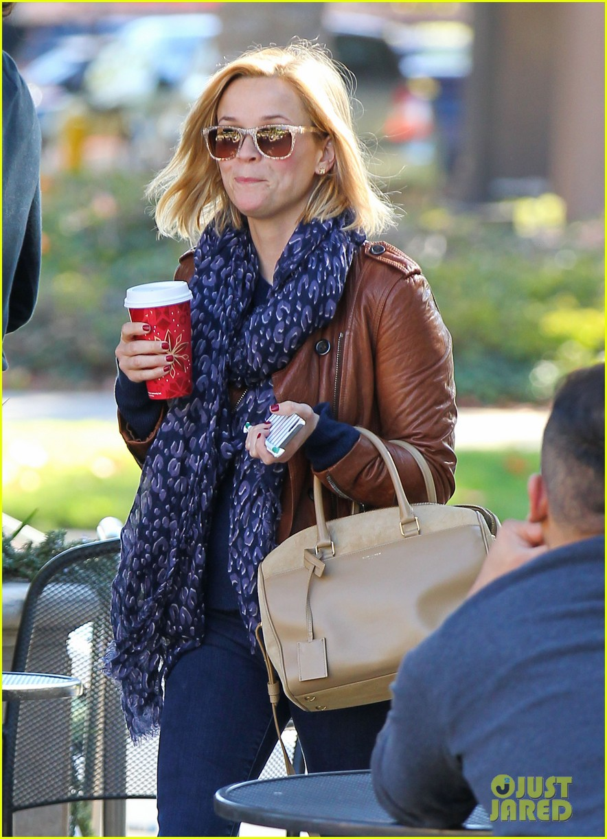 reese witherspoon back on the road for the good lie 043005655