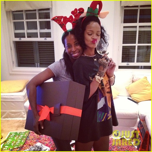 rihanna is a red nosed reindeer at her christmas eve party 05