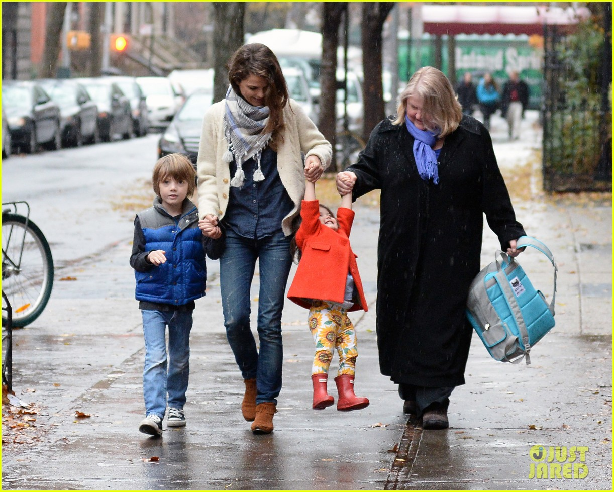 keri russell steps out with kids after shane deary split news 03