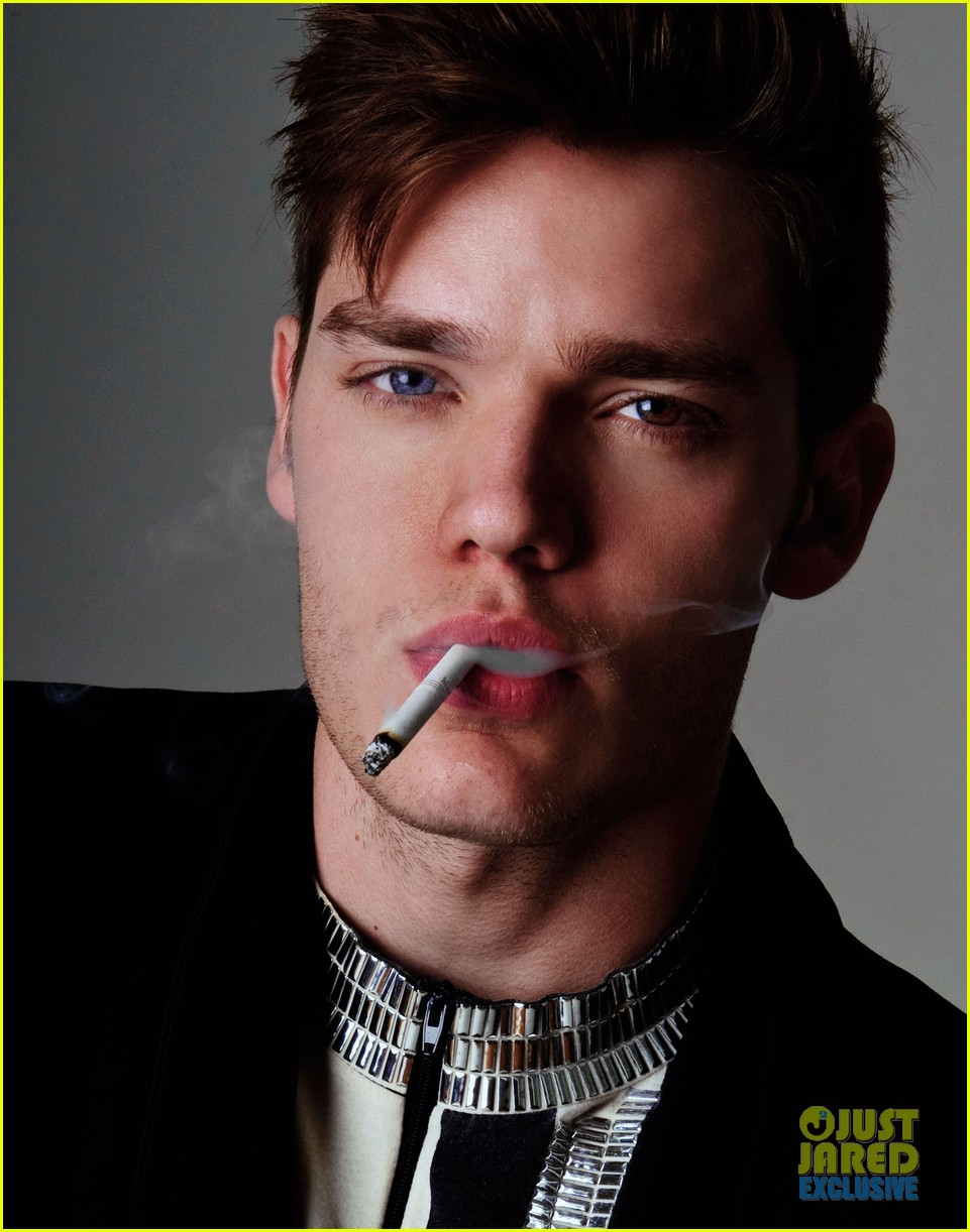 dominic sherwood jj spotlight of the week exclusive 06