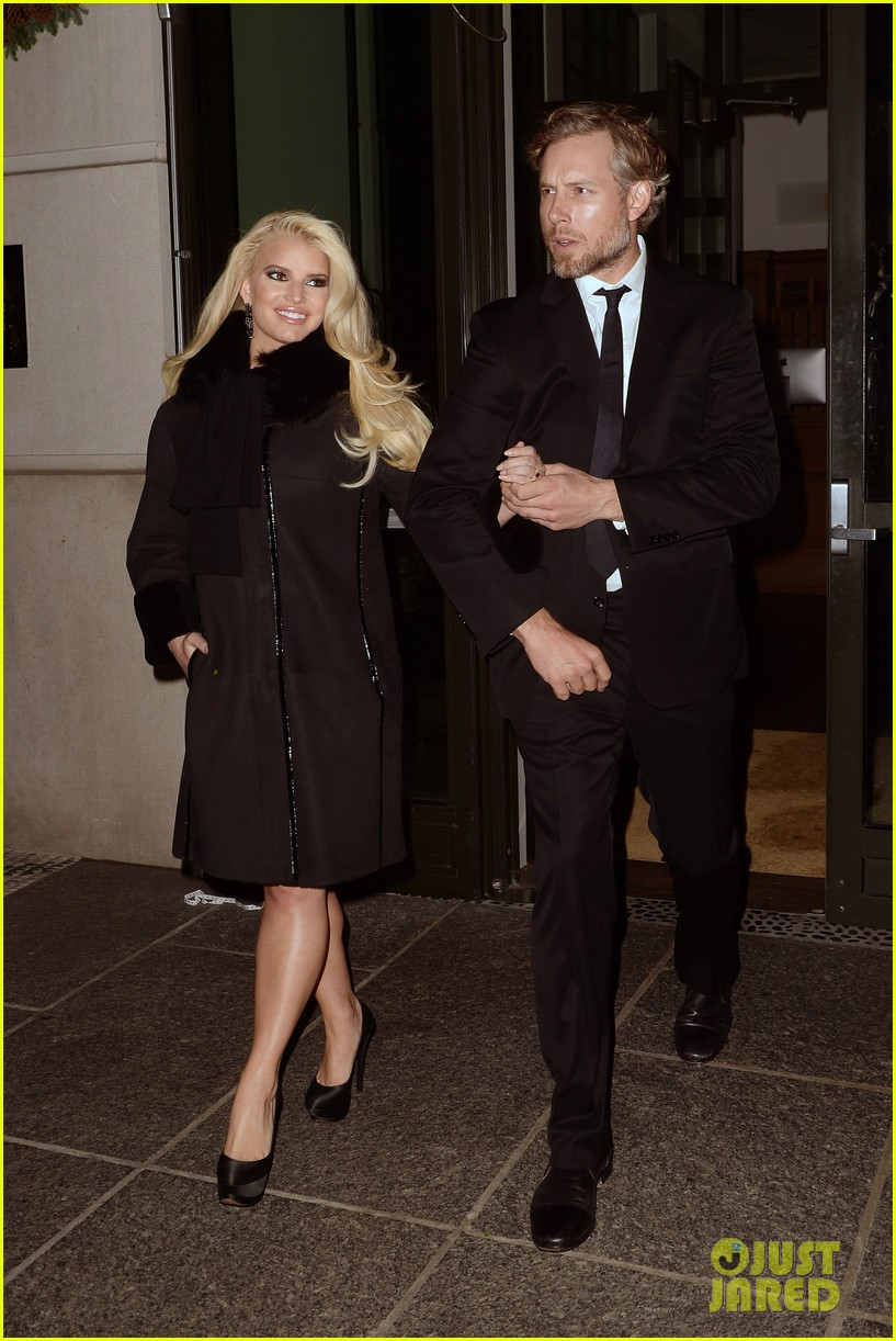 jessica simpson footwear news achievement awards 2013 053004860