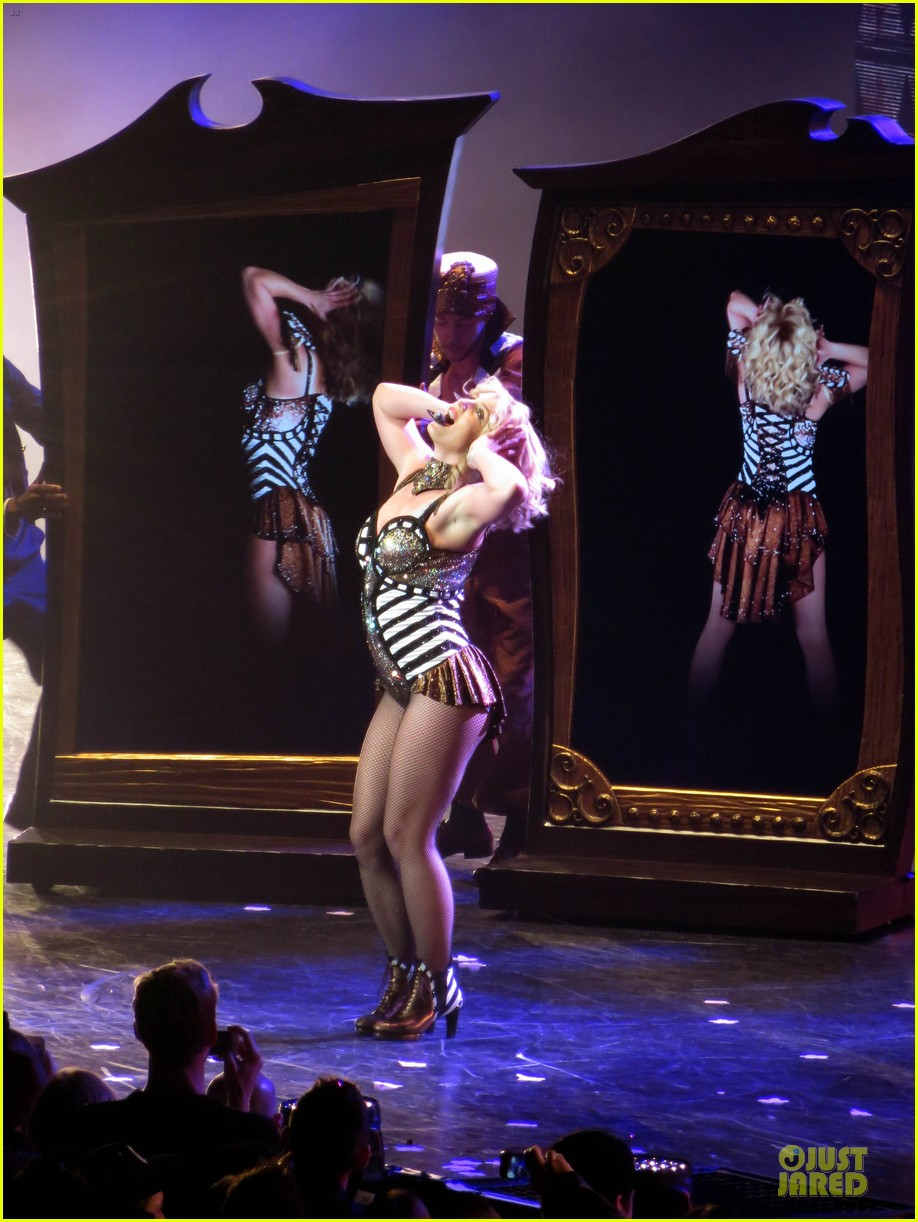 Britney Spears: 'Piece of Me' Vegas Show Photos & Video ...