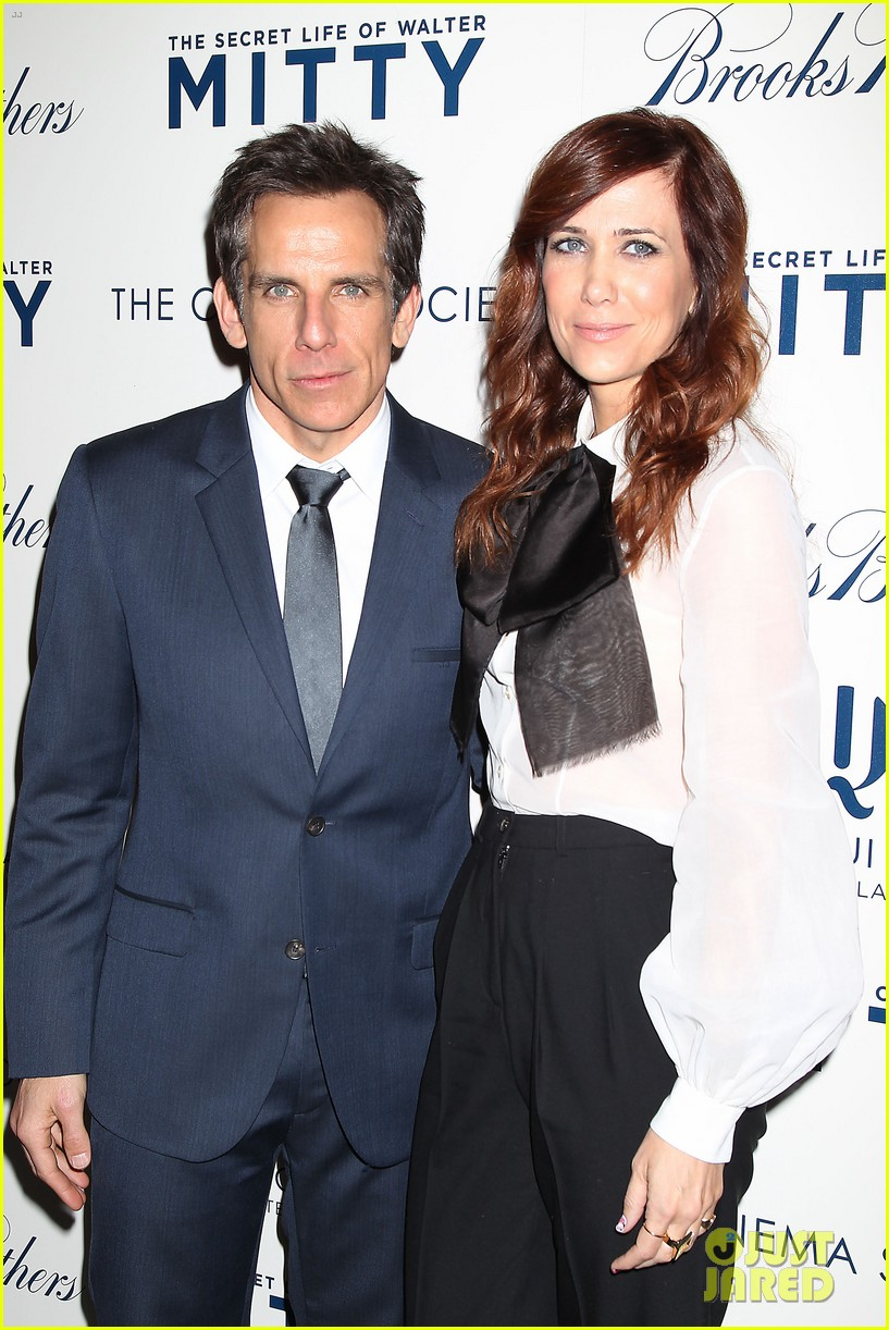 kristen wiig ben stiller own the walter mitty props now 183014860