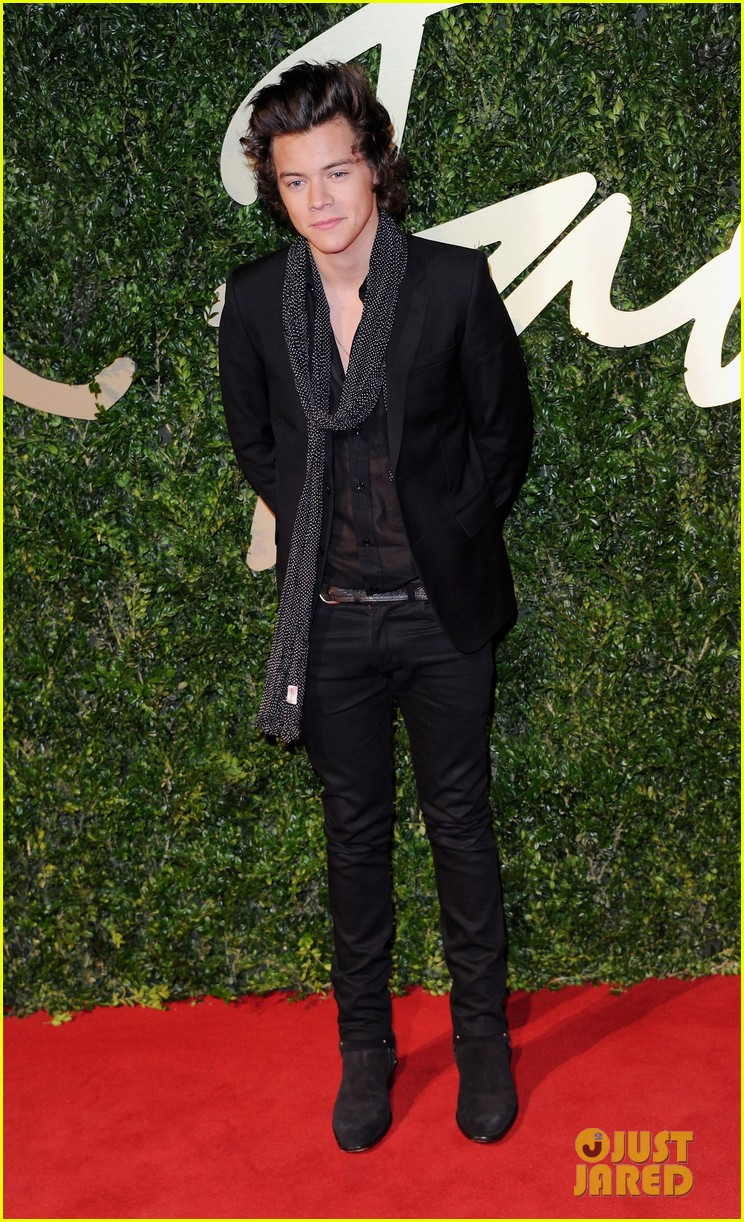 harry styles suki waterhouse british fashion awards 2013 05