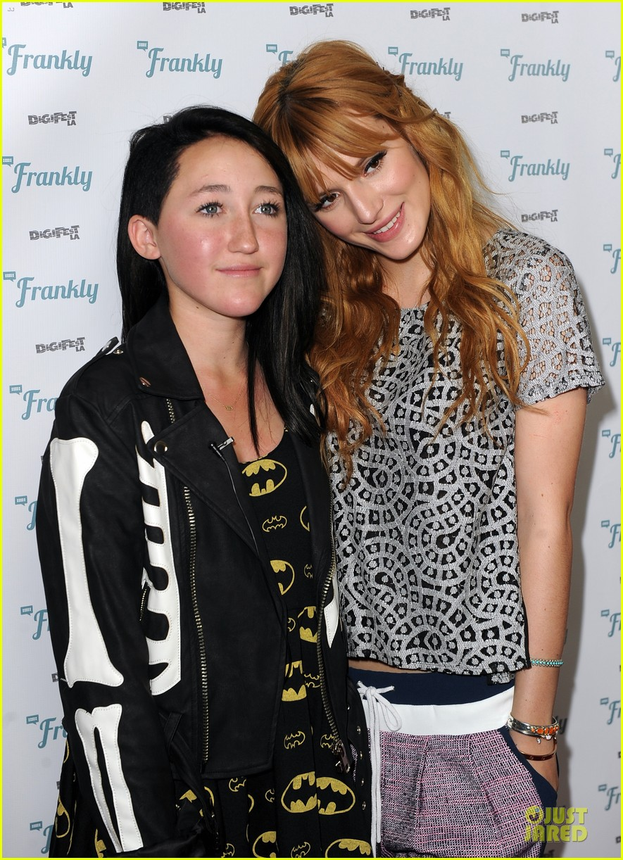 bella thorne digifest la with noah cyrus 04
