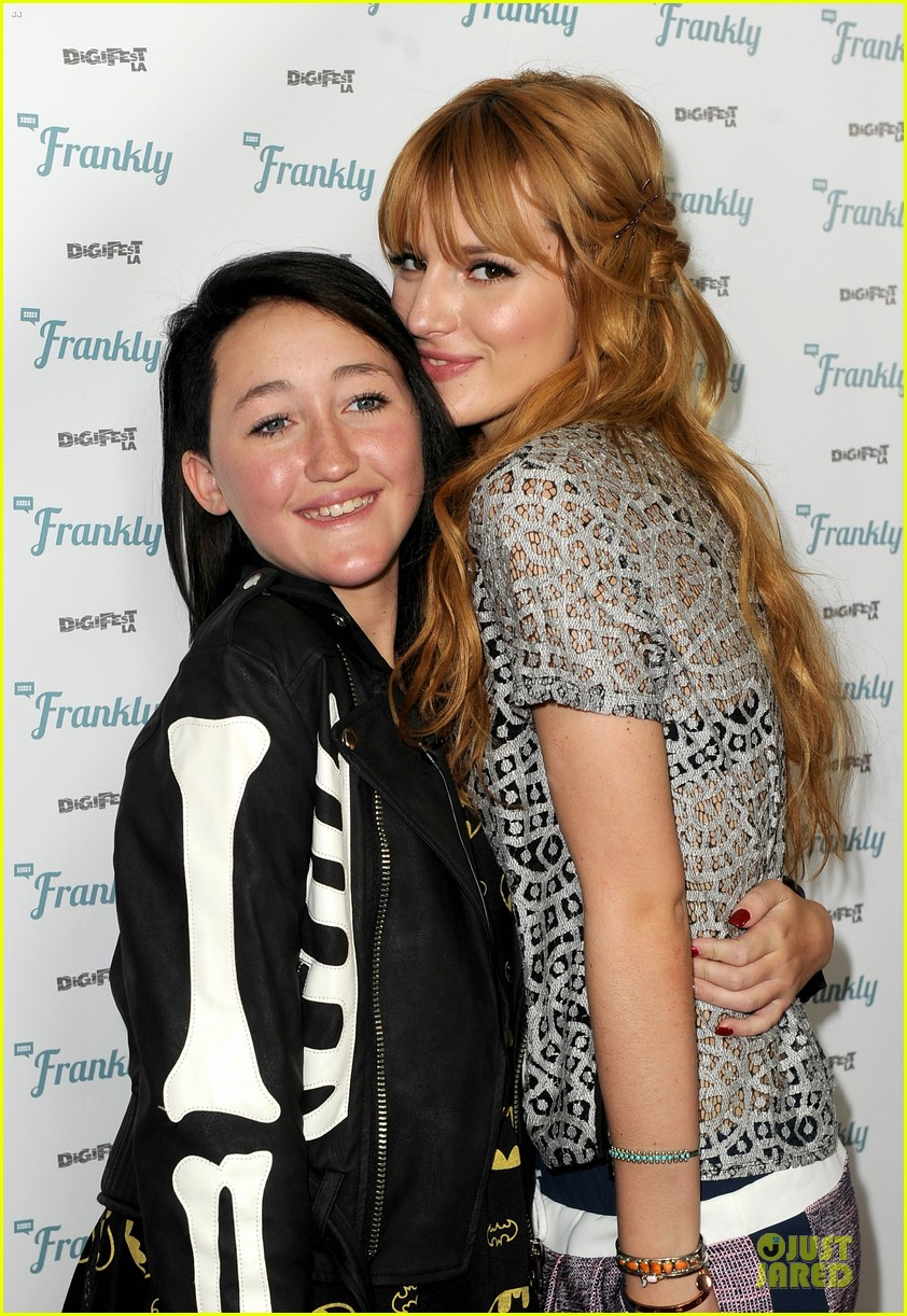 bella thorne digifest la with noah cyrus 12