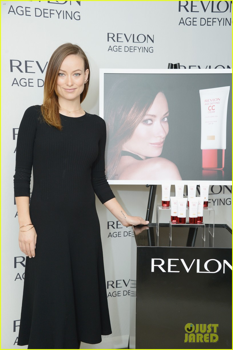 olivia wilde revlon event date night with jason sudeikis 093009768