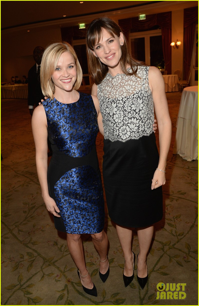 reese witherspoon jennifer garner support childrens defense fund 26