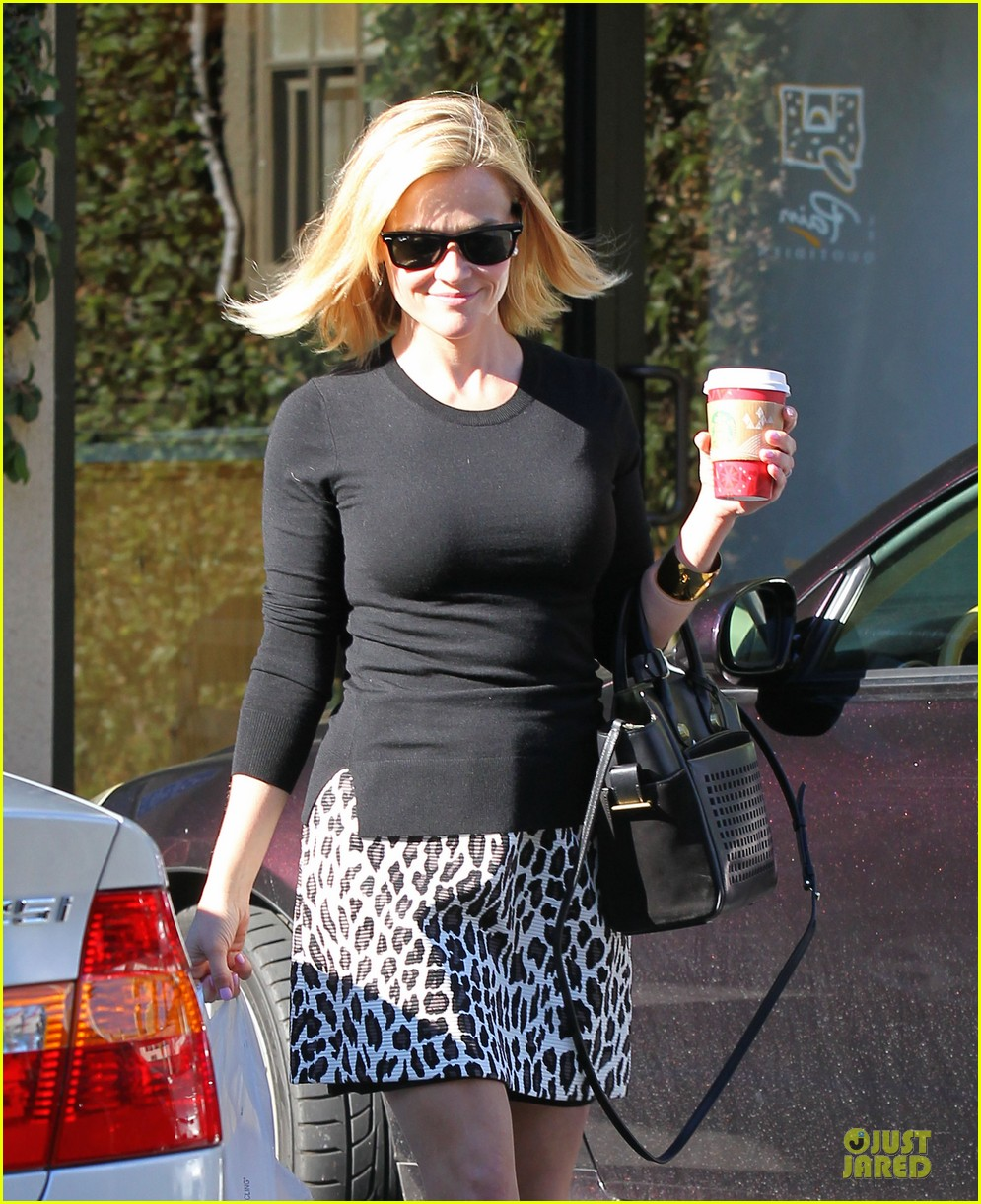 reese witherspoon wild lunch before christmas 10