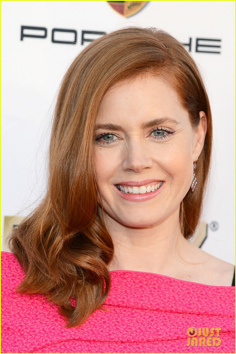 amy adams critics choice awards 2014 red carpet 02