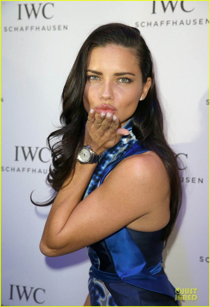 adriana lima karolina kurkova iwc aquatimer watch launch 113037289