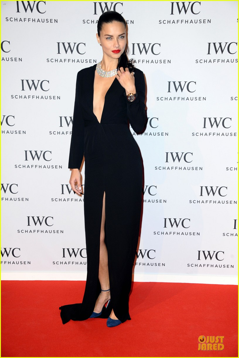 adriana lima karolina kurkova iwc aquatimer watch launch 28