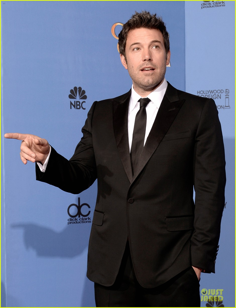 ben affleck golden globes 2014 red carpet 06