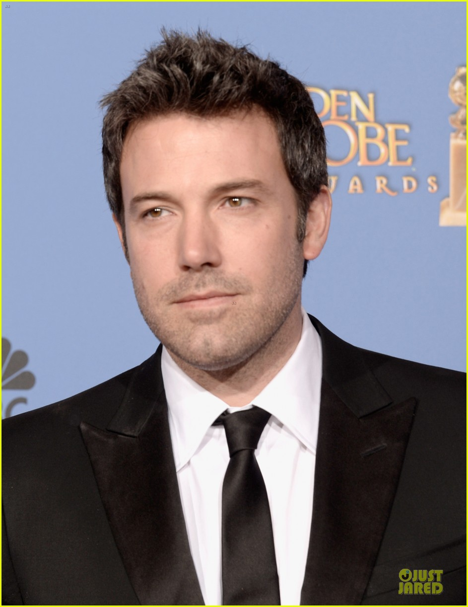 ben affleck golden globes 2014 red carpet 08