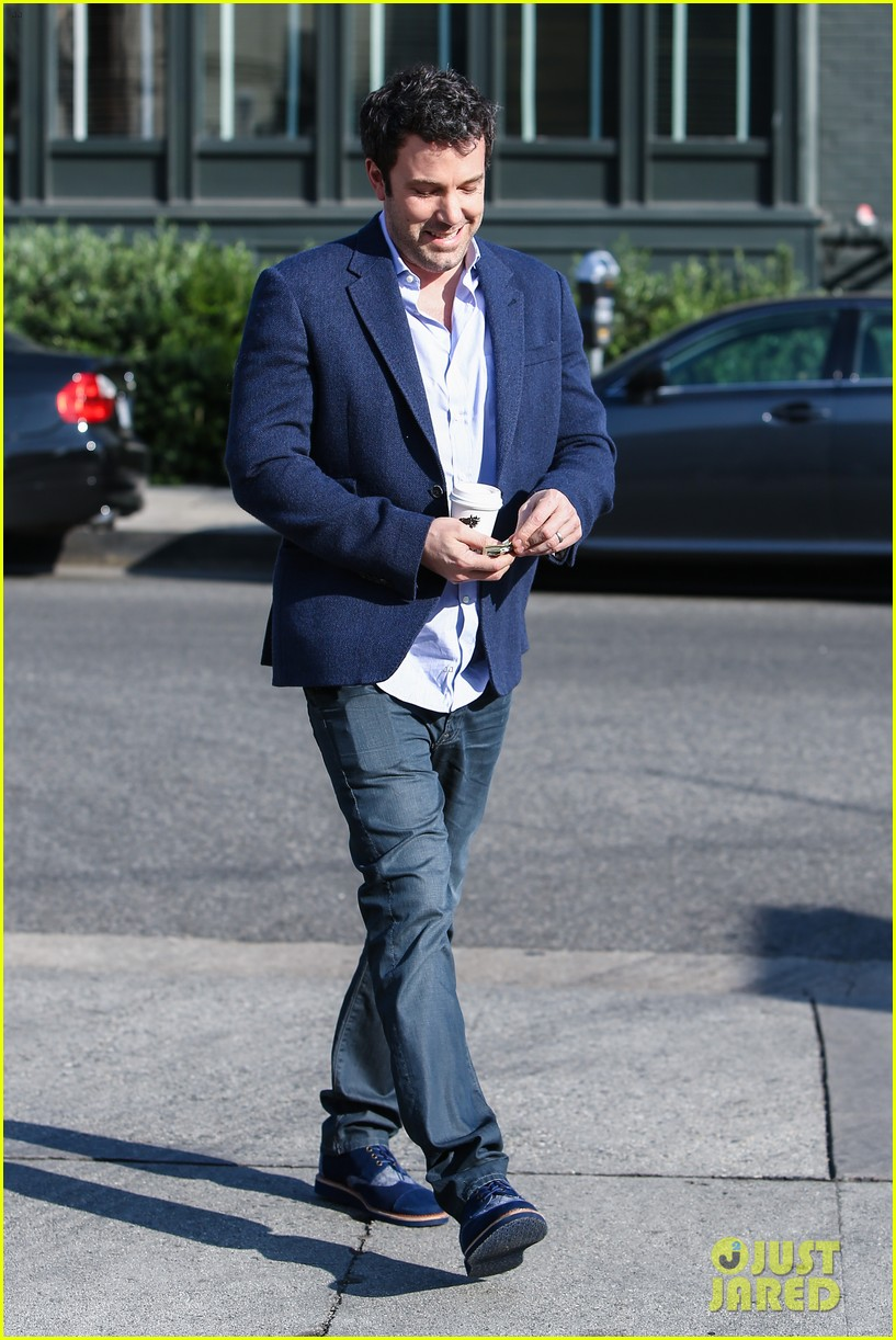 ben affleck steps out after joking about his big dick 013038967