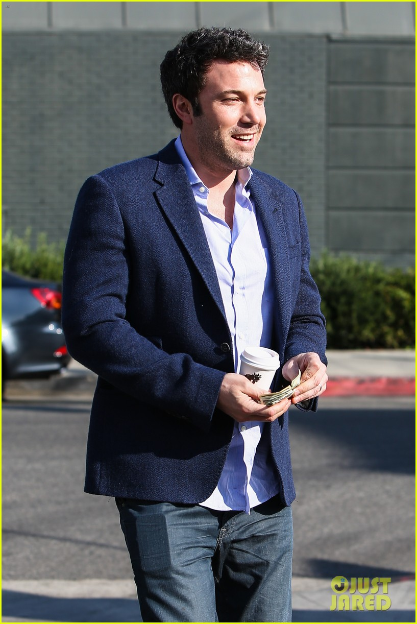 ben affleck steps out after joking about his big dick 023038968