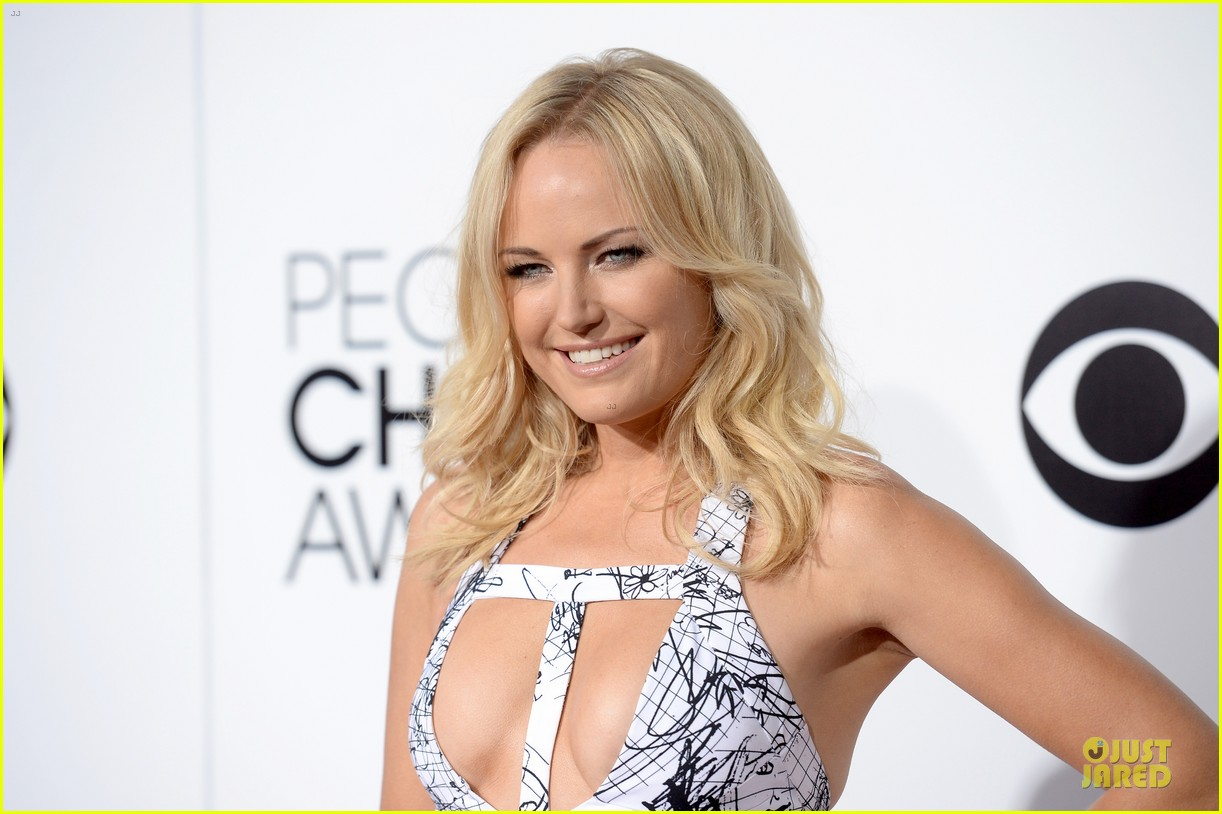 malin akerman bailee madison people choice awards 2014 red carpet 103025528