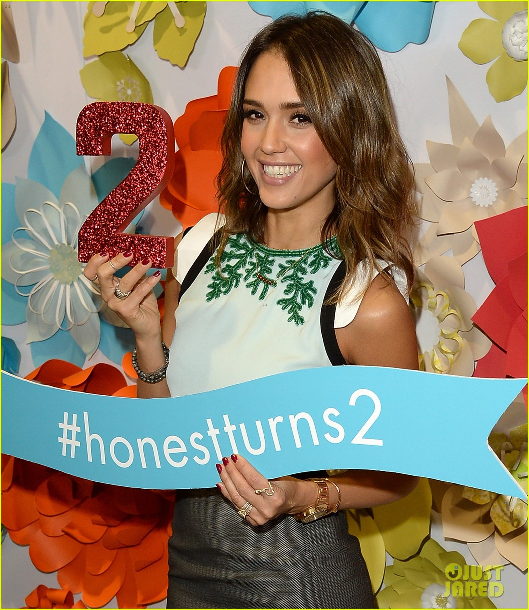 jessica alba honest companys 2nd birthday celebration 033044774