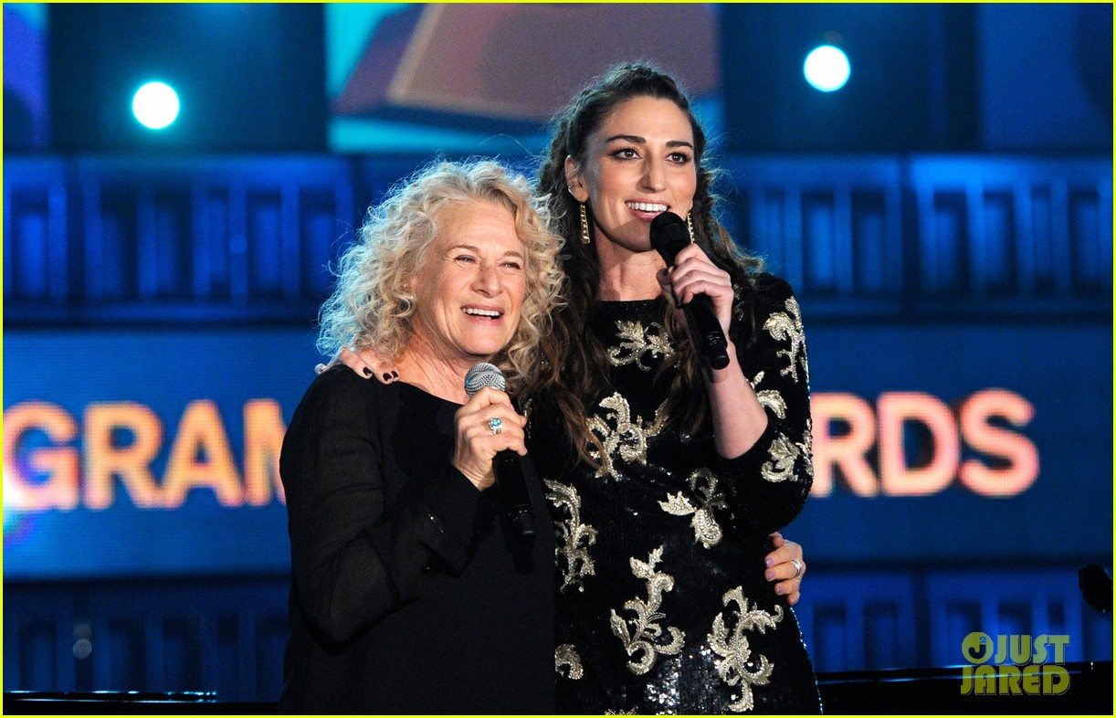sara bareilles carole king grammys brave beautiful mashup at grammys 2014 video 01