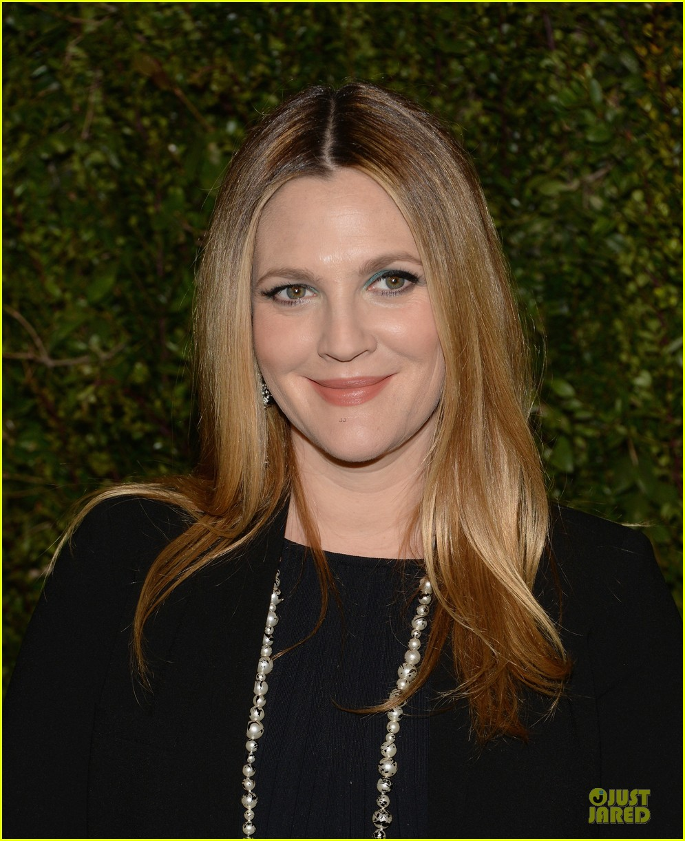 drew barrymore talks pregnancy weight on ellen 19