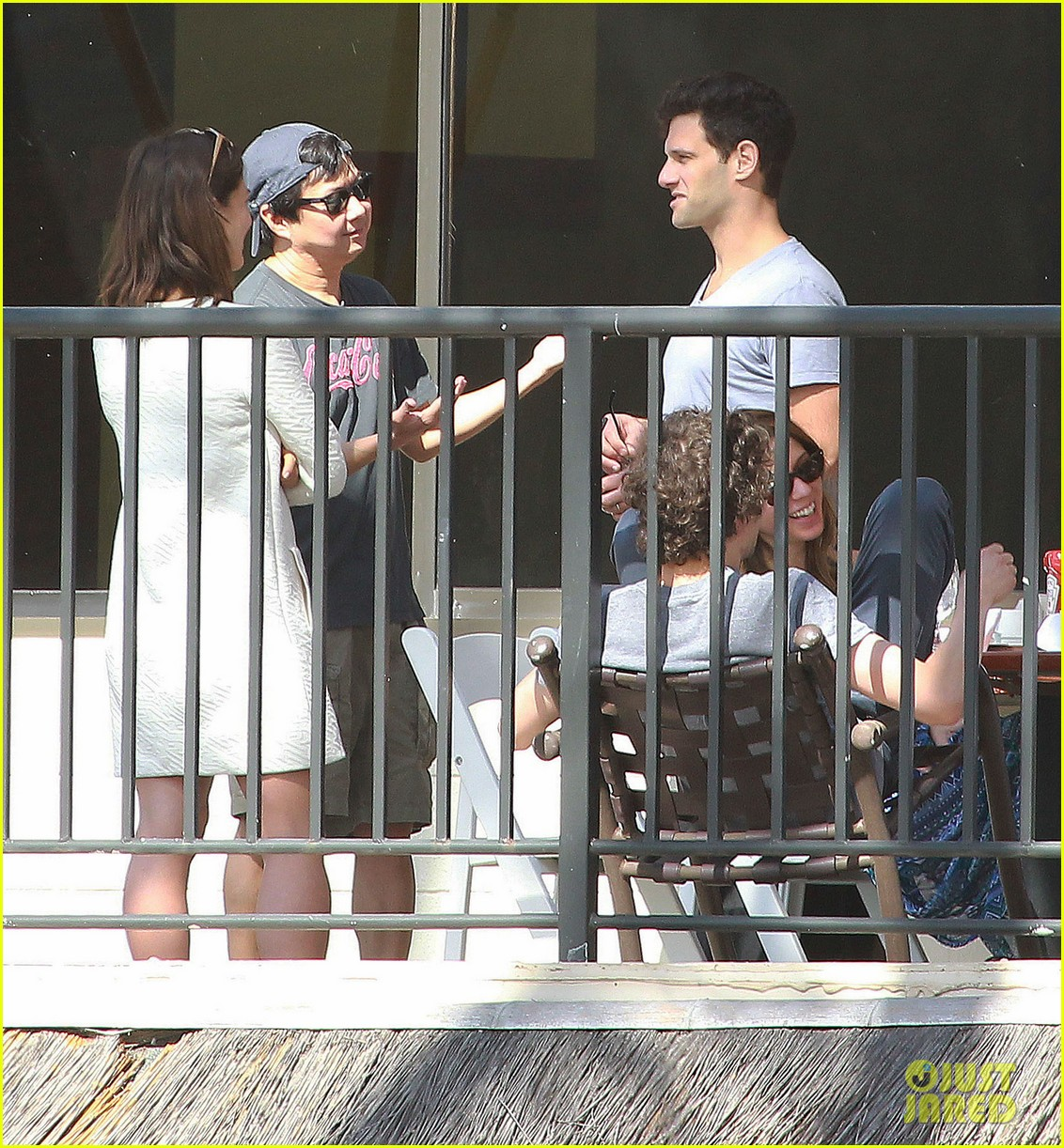 justin bartha new wife lia smith relax after wedding 05