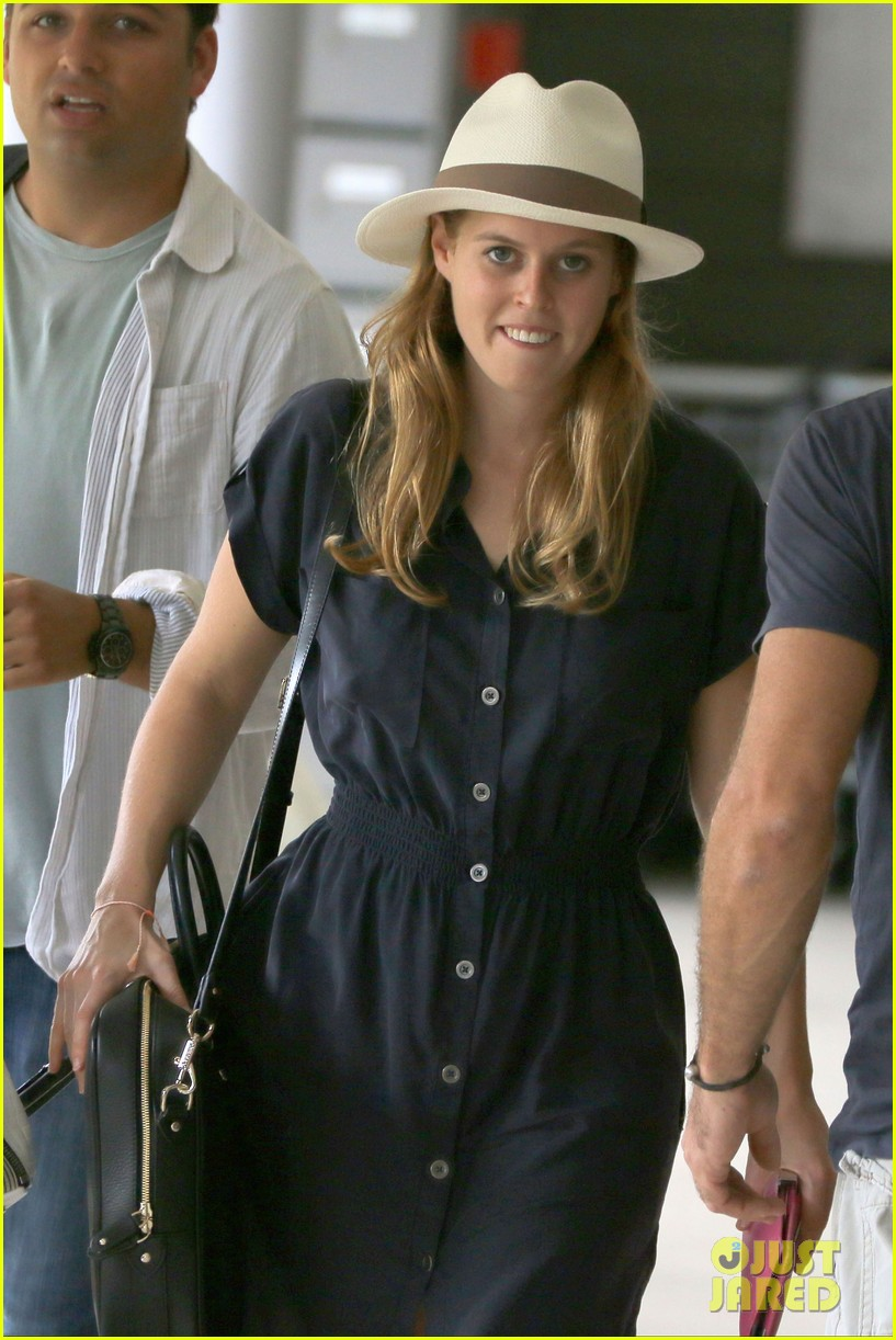 princess beatrice shirtless boyfriend dave clark ring in new year in st barts 023021453