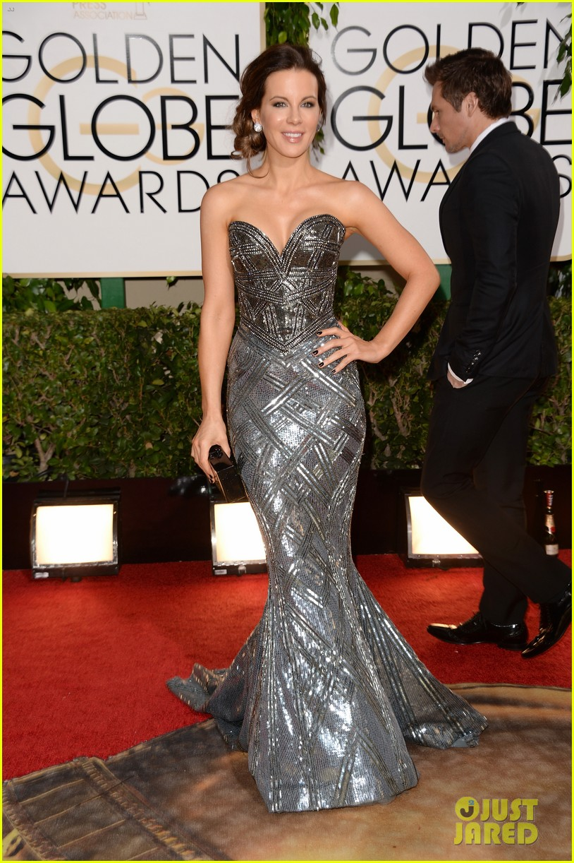 kate beckinsale golden globes 2014 red carpet 03