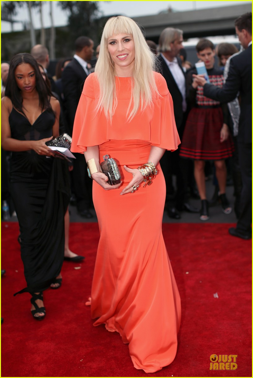 natasha bedingfield grammys 2014 red carpet 033041252