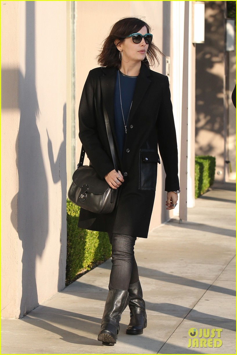 camilla belle alfred cafe lunch outing 043027006