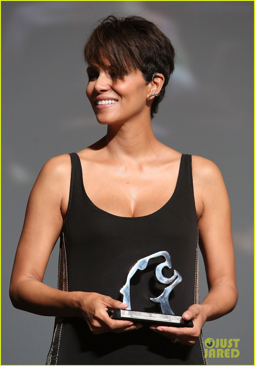 halle berry finds a new husband for her tv show extant 22