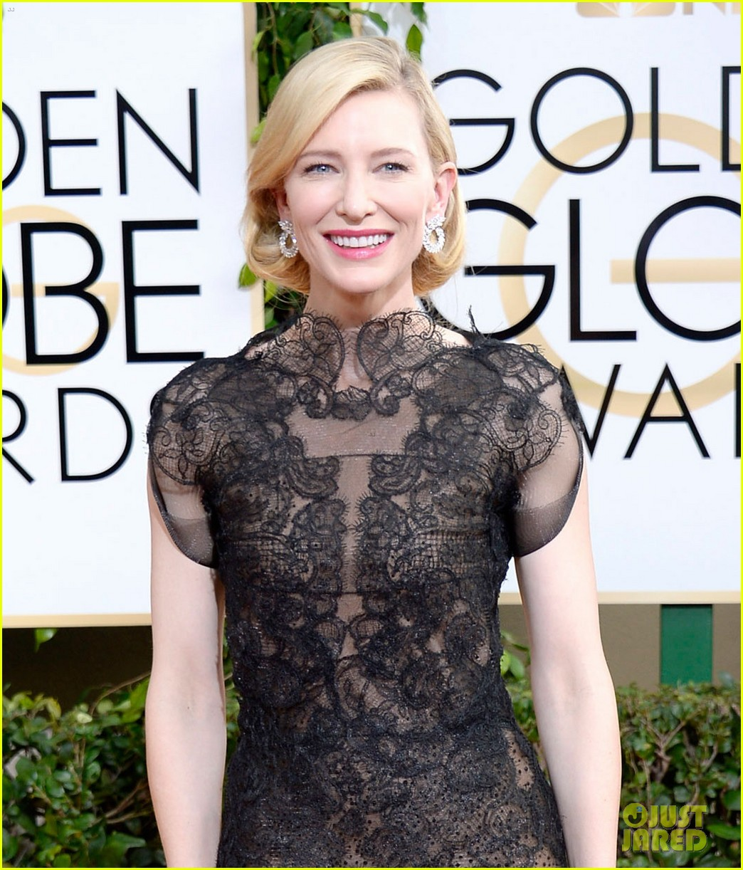 cate blanchett golden globes 2014 red carpet 043029230