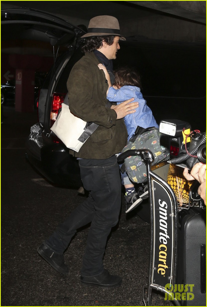 orlando bloom brings flynn to los angeles after his 3rd bday 03