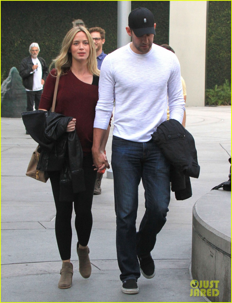 emily blunt john krasinski catch up on their movies 11