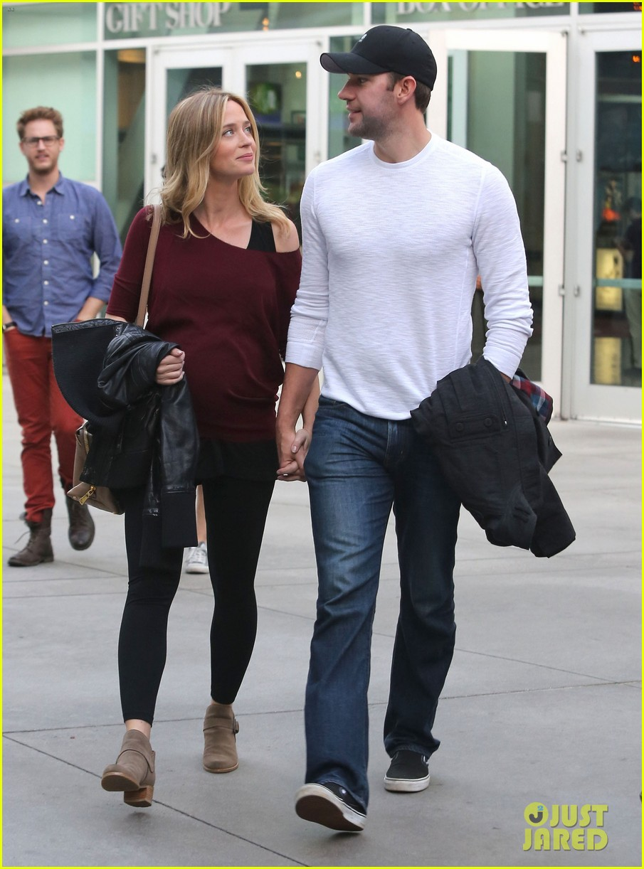 emily blunt john krasinski catch up on their movies 20