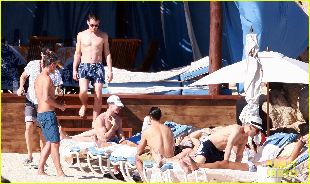 matt bomer shirtless sexy cabo vacation with simon halls 17