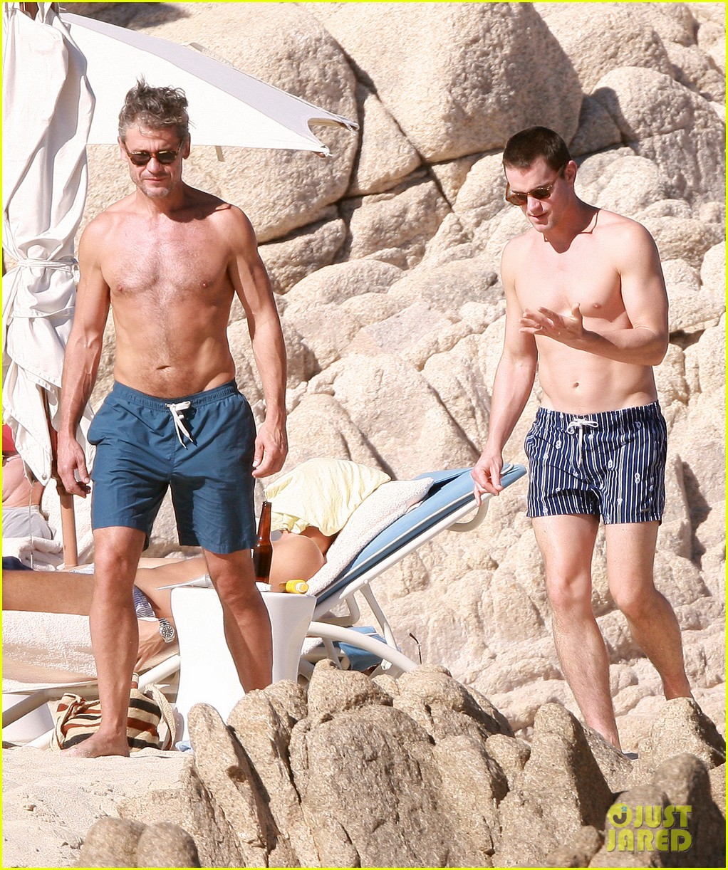 matt bomer shirtless sexy cabo vacation with simon halls 20