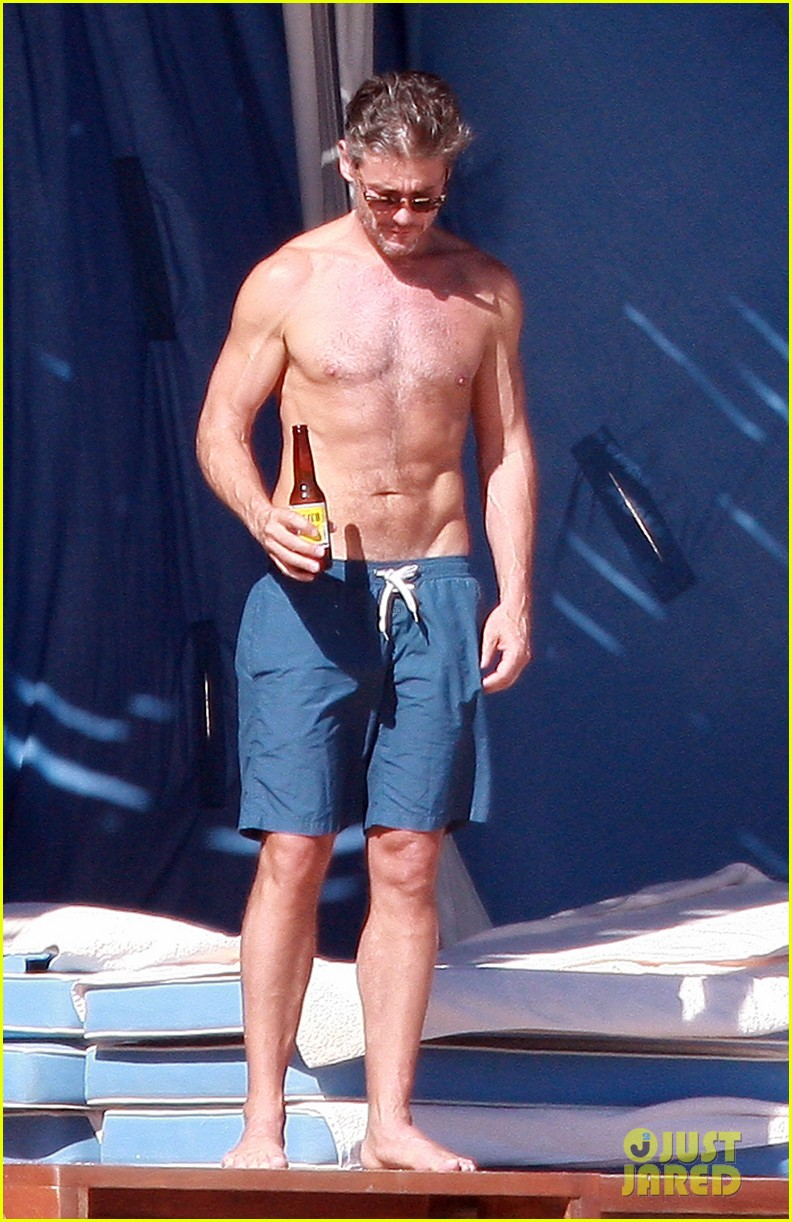 matt bomer shirtless sexy cabo vacation with simon halls 30